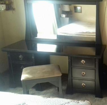 Large modern black dressing table