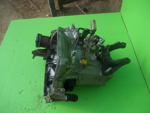 Honda Brio gearbox f