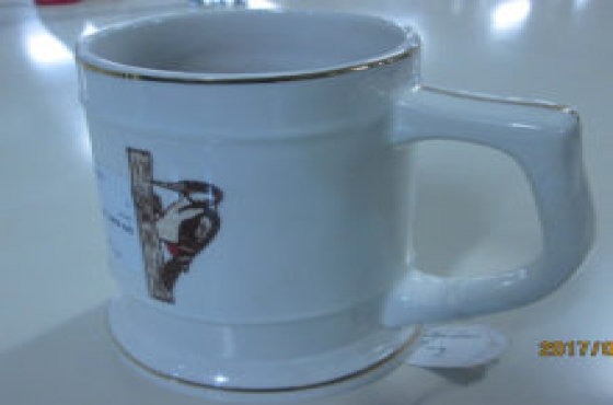 White wood pecker mug