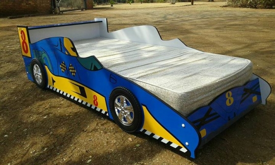 CAR bed as new