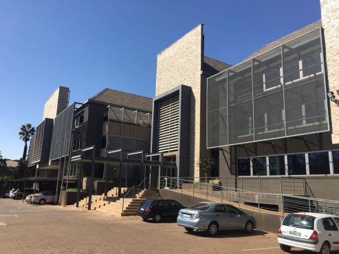 These offices are situated close to Hatfield Plaza, walking distance from the Gautrain station.