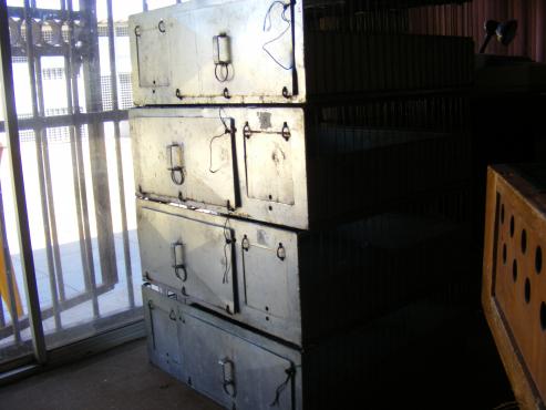 Racing pigeon baskets/ cases