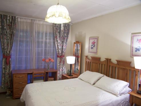 Boksburg/Bartlett;Rooms:Daily/Weekly/Monthly.Average R250 WhatsApp
