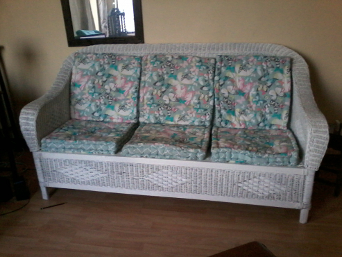 3 Seater, White wicker couch. Price Negotiable.