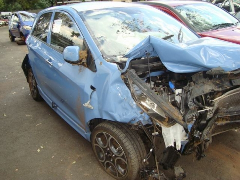 salvage/accident kia PICANTO 1.2 EX
