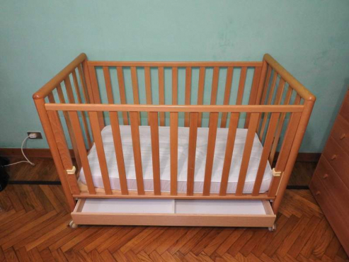 Beautiful Birchwood Baby Bed