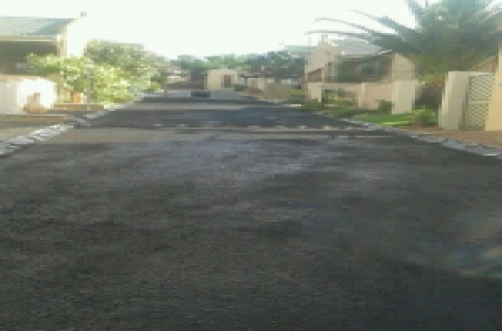 Tarmac surfacing and Paving