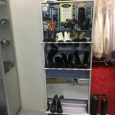 Shoe cupboard + mirr