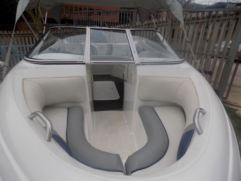 avalanche 170 on trailer 175 evinrude ficht low hours