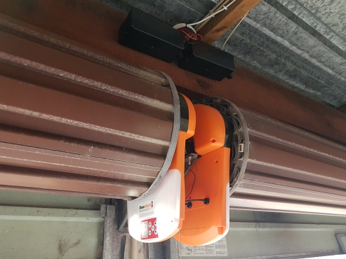 Gate and garage automation