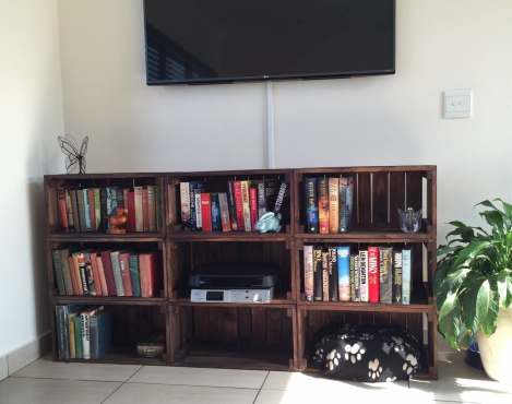 Crate Shelving/ Plas