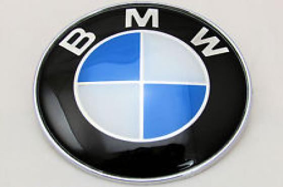 BMW bonnet badges E4