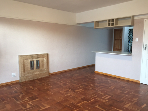 Unfurnished Studio in Sea Point with open balcony and garage