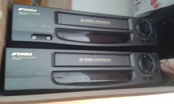 1 sansui video machine for R 100 not in working order.