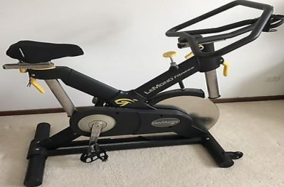 Le Mond commercial spinning bike