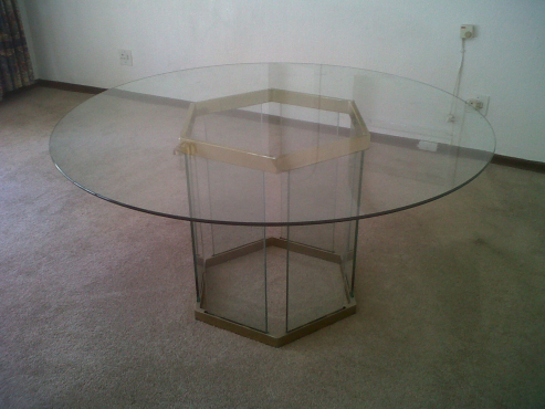 Round Glass dining table and coffee table