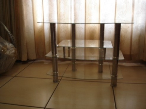 UNIQUE GLASS TABLE OR DISPLAY TABLE WITH 4 GLASS LAYERS