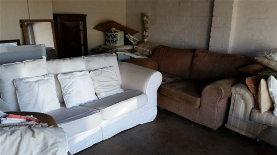 Astonishing Coricraft Brown Couch For Sale Junk Mail Squirreltailoven Fun Painted Chair Ideas Images Squirreltailovenorg