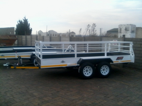 NEW 4M TRAILERS