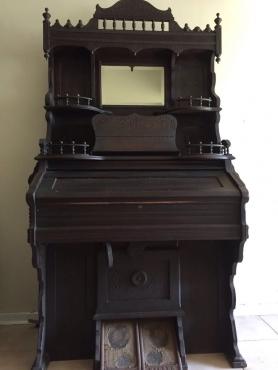 Antique pedal organ