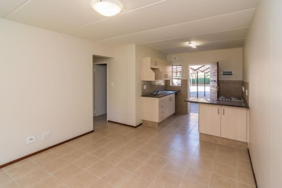 Neat 2 bedroom to let