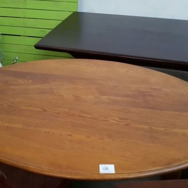 oak oval dining table + chairs