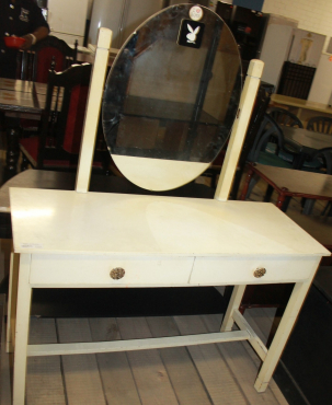 Dressing table S0254