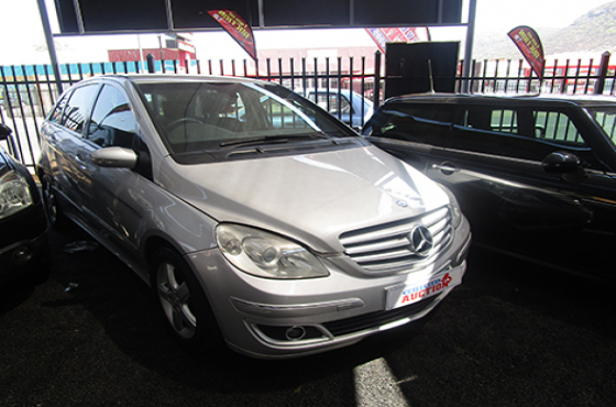 Mercedes Benz B200 Turbo on auction
