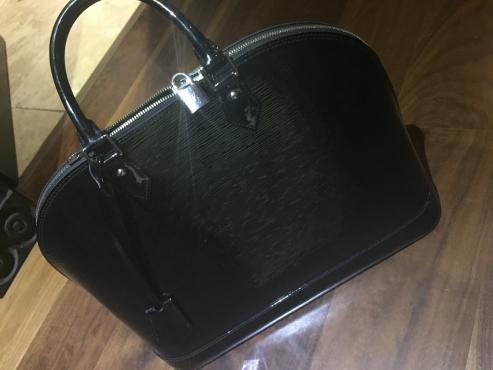Authentic Louis Vuitton bag