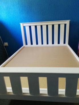 2 x White Double Slated Beds