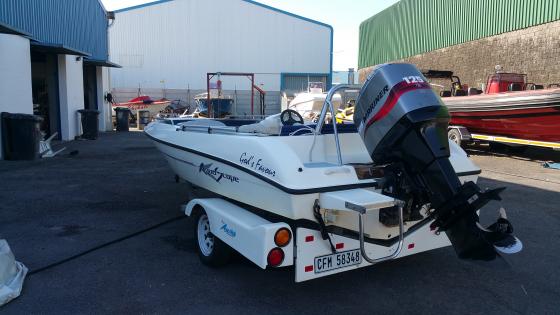 Aquascape Boat