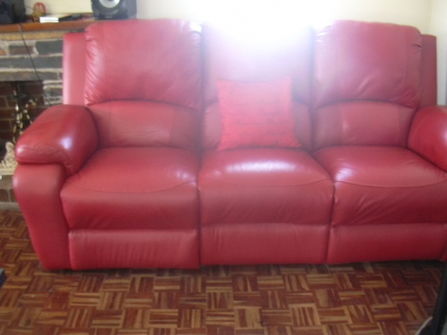 Living Room Furniture in Pinetown | Junk Mail