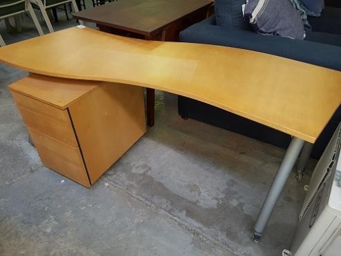 Wavy office desk