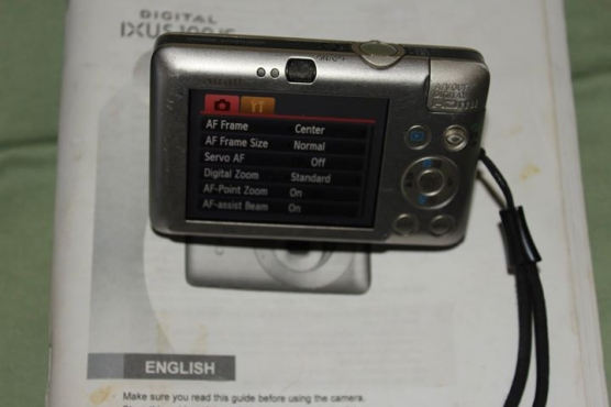Canon ISUS 100 Digital camera12.1 Mps