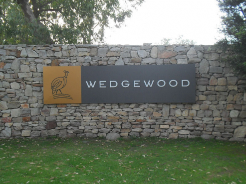 Wedgewood Golf Estate - 600m2 – THE BEST PLOT – GREEN VIEWS – R320 000