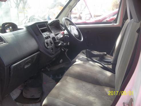Daihatsu Grand Max i