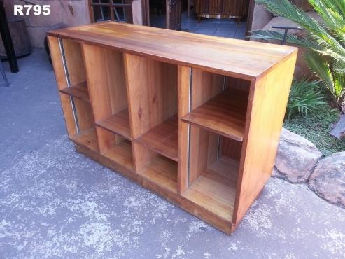 Saligna Pigeon Hole Cabinet (1090x400x710)
