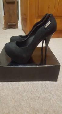 Sissy boy heels size 5