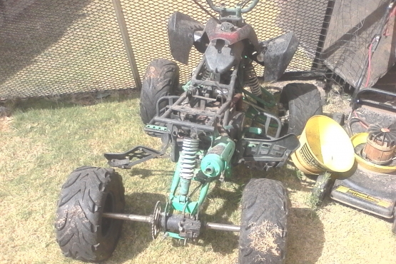 4 wheeler for spares or rebuild.