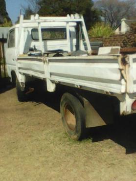 3.5 Ton Mitsubishi truck for sale