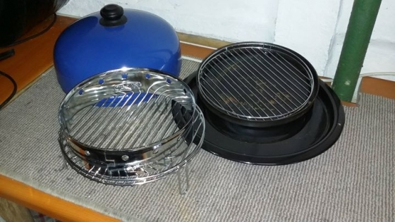 Cadac smoker and cooker