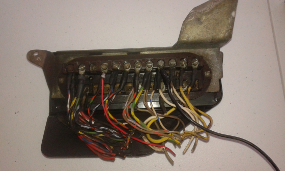 complete fuse box for 1970 mercedes w115 220d junk mail rh junkmail co za Mercedes- Benz W114 Mercedes W115 Interior