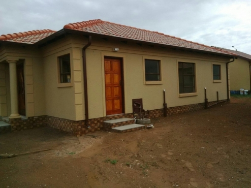 New houses in protea glen ext20 in Soweto