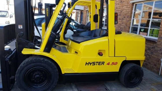 2006 Hyster H4.50XM