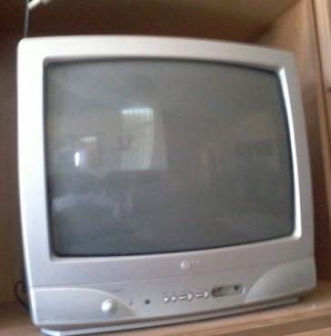 54cm LG kleur TV (sonder remte)