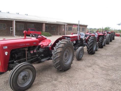 Massey`s  35x   65   240   165  refreshed. With guarantee. Vat to be added.